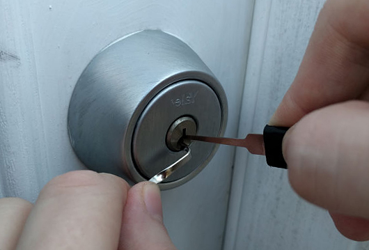 قفل مکانیکی